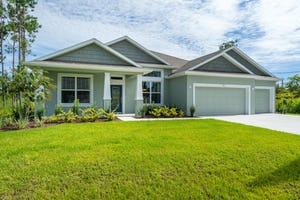 125 Bickford Dr Palm Coast, FL 32137